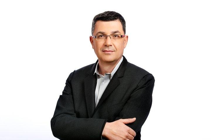 Morera: «Fabra tiene que dejar de esconderse y salir en defensa del pueblo agredido»