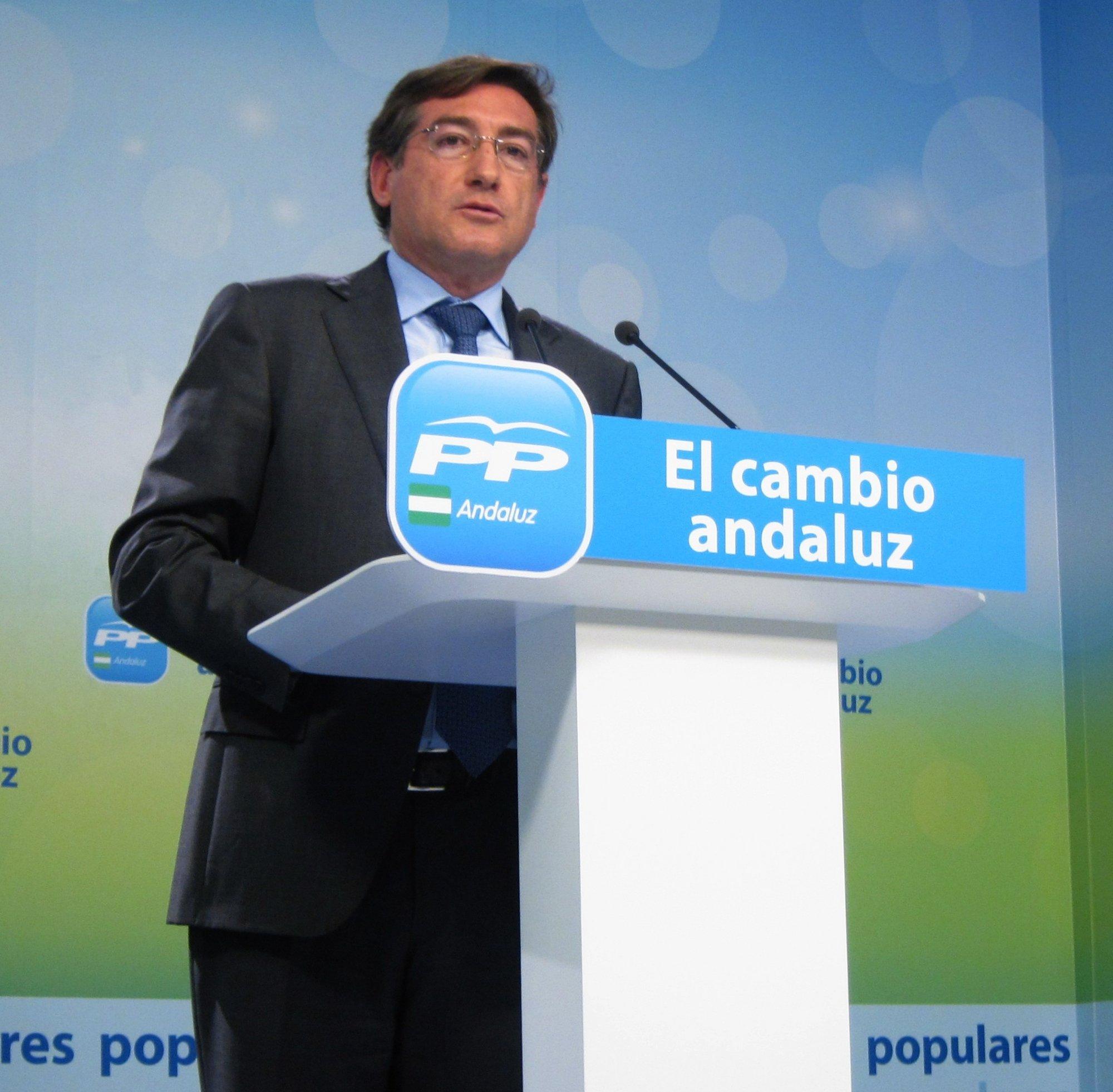PP-A destaca «la buena predisposición» del Gobierno en el diálogo entablado con la Junta sobre oposiciones