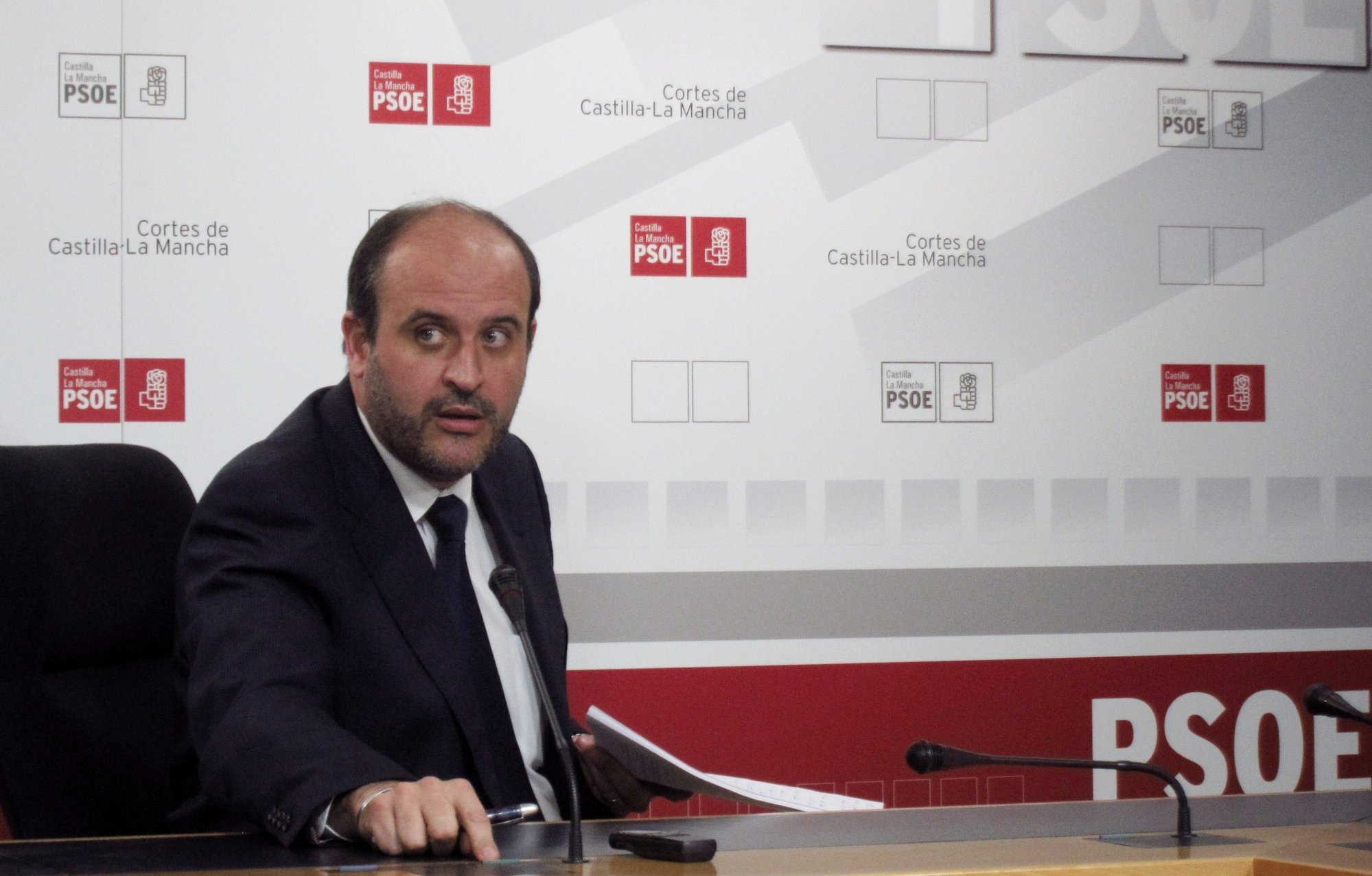 PSOE espera fecha para ir a la Consejería Hacienda y comprobar »in situ» todos los pagos del segundo semestre de 2011