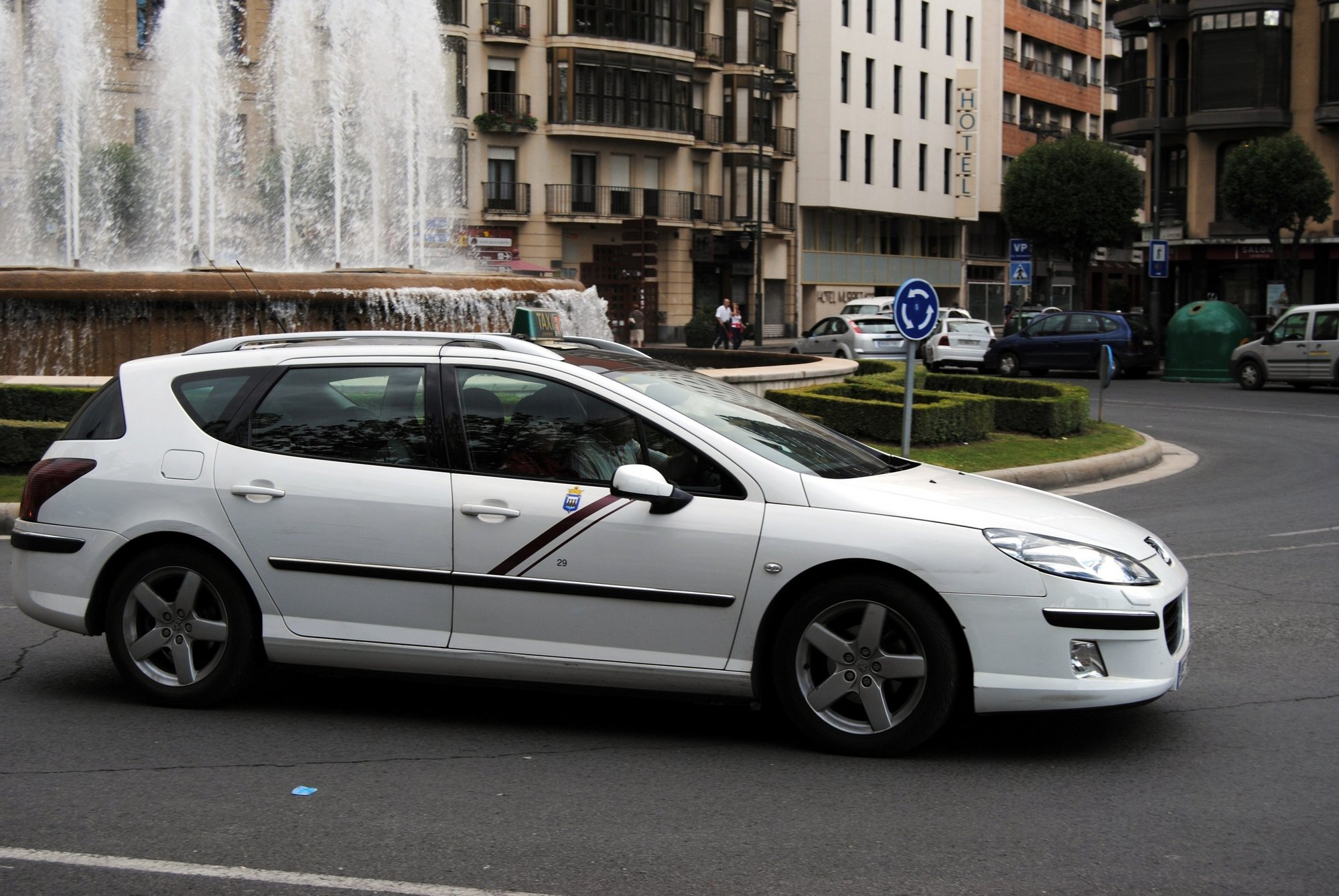El PSOE critica la «paralización desde hace nueves meses» en las licencias de tres taxis adaptados en Logroño