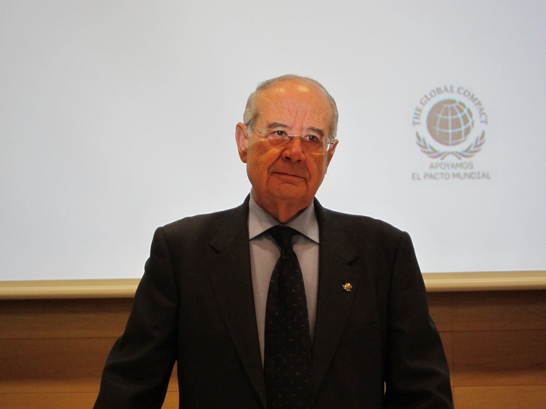 Pérez Lao, abrumado por el reconocimiento al «trabajo y los éxitos» de «toda» la plantilla de Cajamar