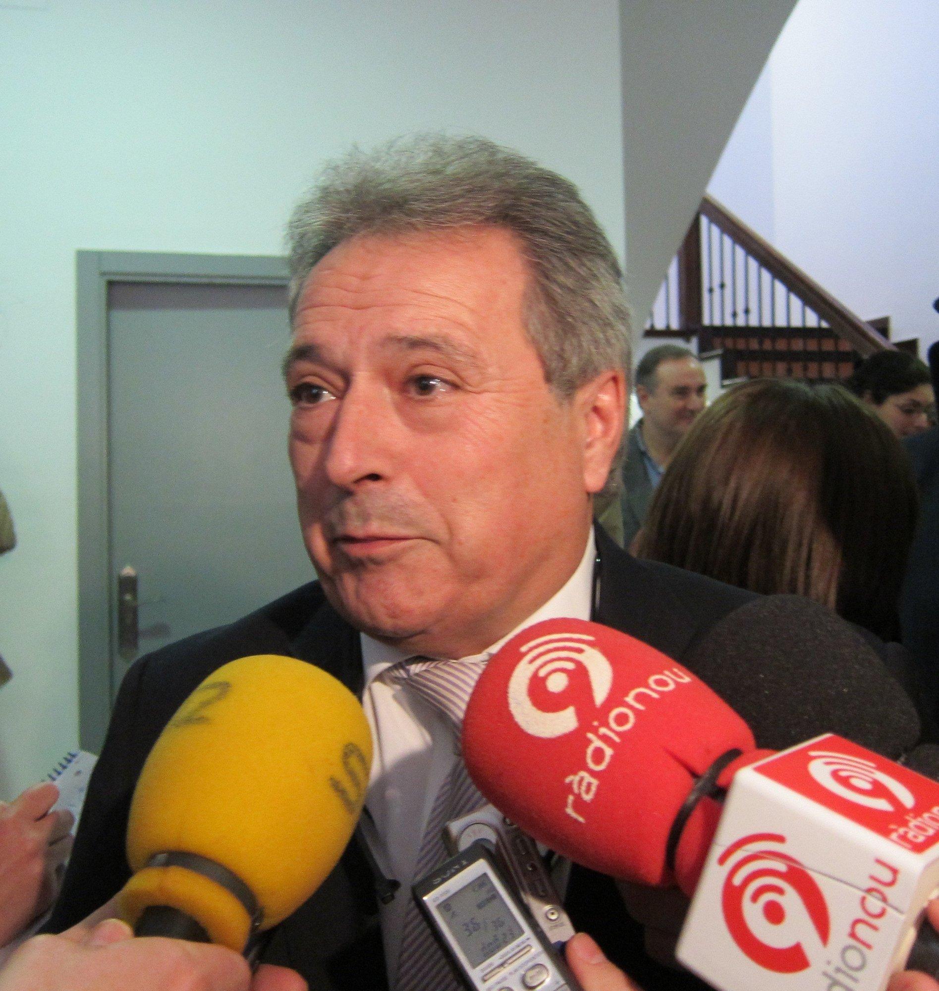 Rus cree que «la mejor opción» para el congreso del PPCV es «Alberto Fabra» por ser su presidente y jefe del Consell