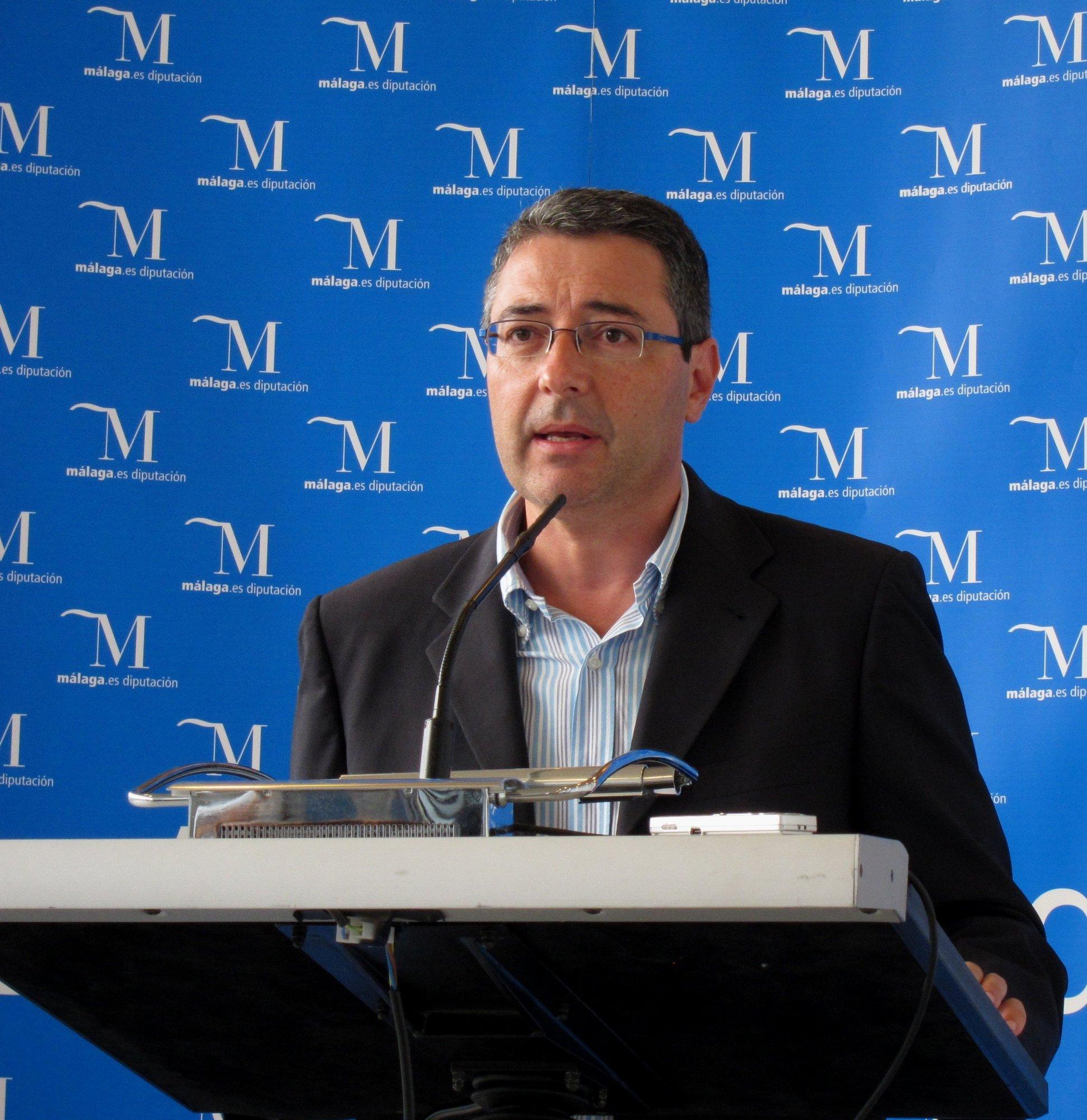 Salado afirma que la Diputación mantiene el compromiso con sindicatos y empresarios en materia de empleo