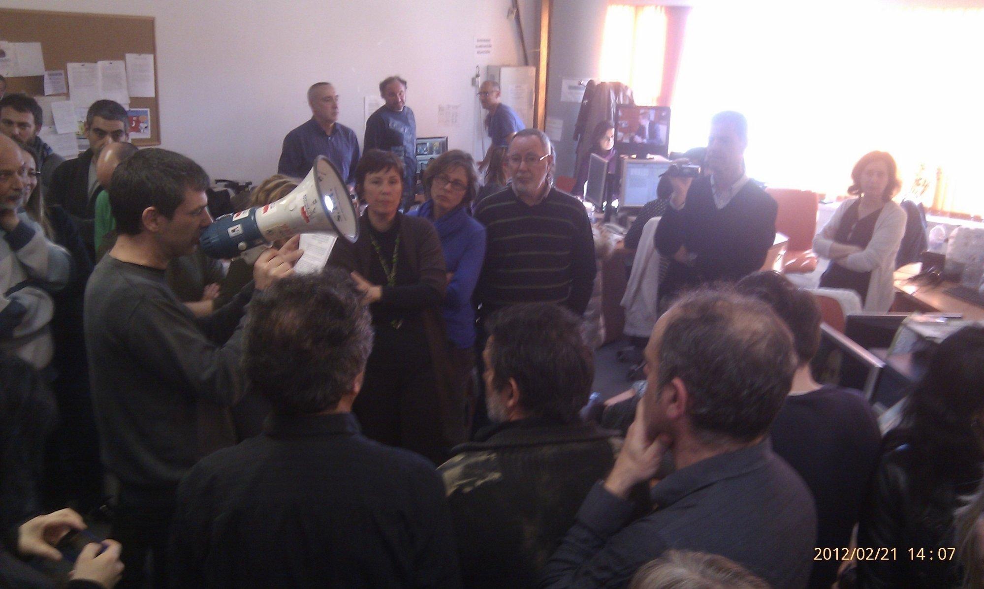 Sindicatos piden la dimisión de López Jaraba y otros directivos de RTVV por dar información «tergiversada»