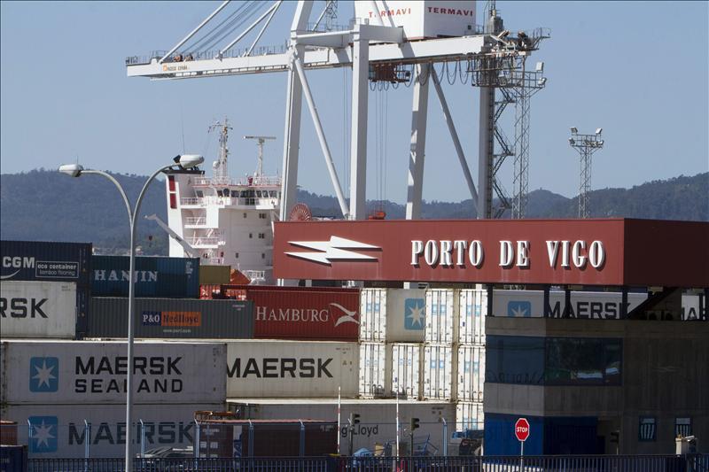 El déficit comercial cae el 11,4 por ciento en 2011 por el empuje de las exportaciones