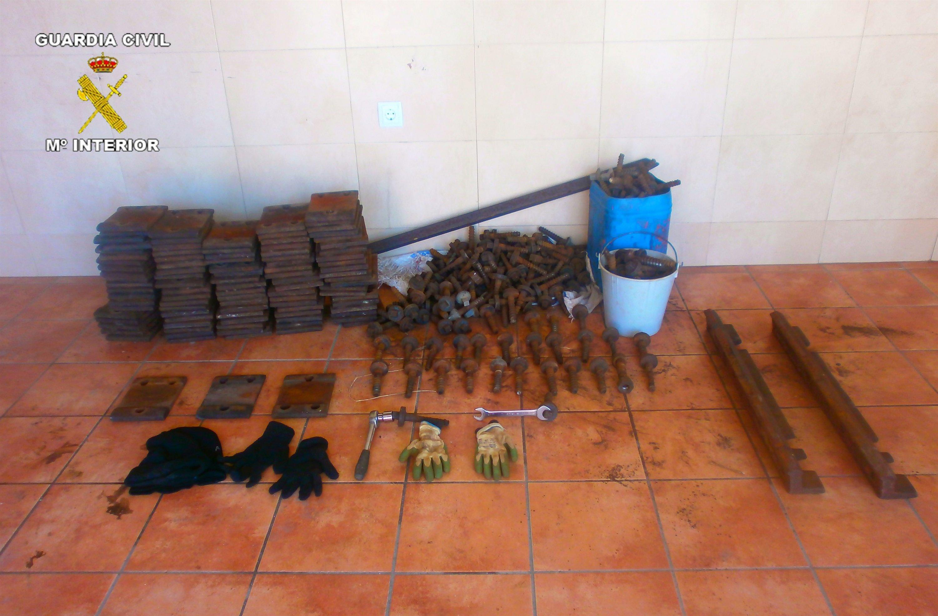 Dos detenidos en Corella cuando transportaban material ferroviario que acaban de hurtar