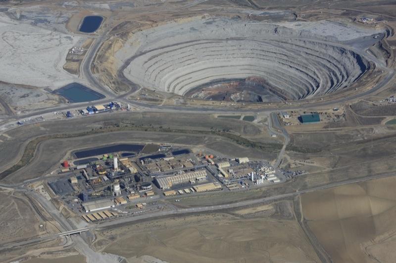 Los independientes de Guillena reclaman que la mina reinvierta en empleo el tres por ciento de sus beneficios