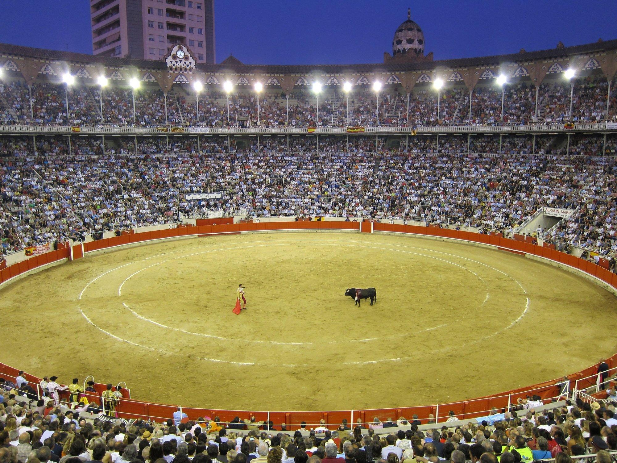 Los taurinos catalanes recogen 150.000 firmas para la ILP que se presentará en el Congreso