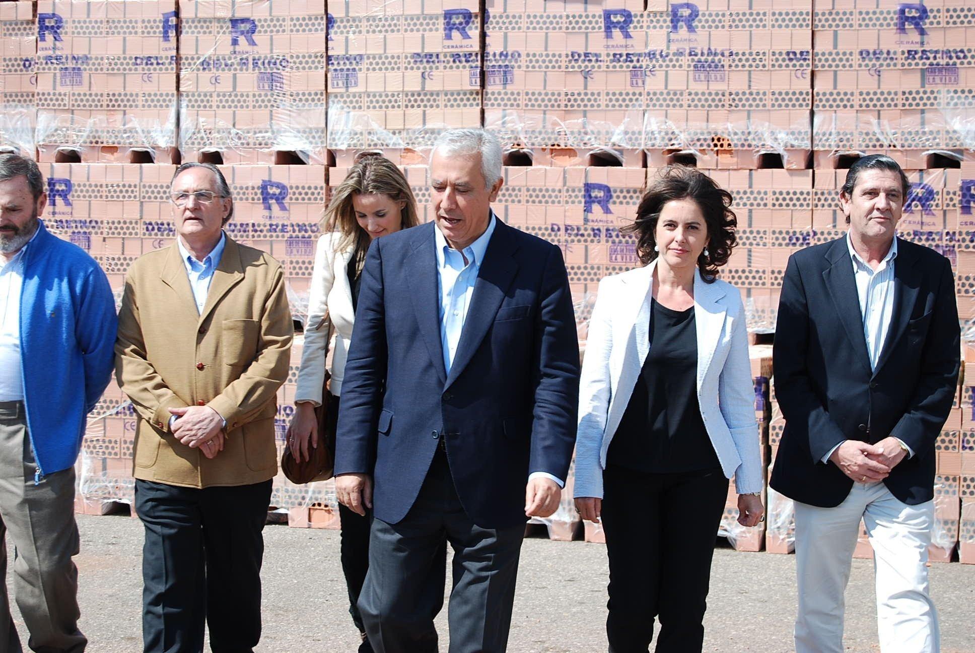 Arenas: «El problema de Andalucía no es el copago, sino la falta de pago en la sanidad»