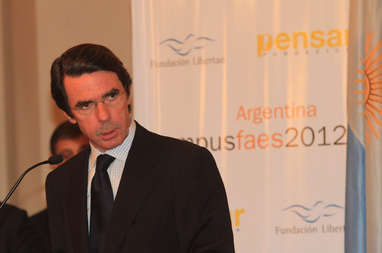 Aznar: «La austeridad beneficia el Estado de bienestar»