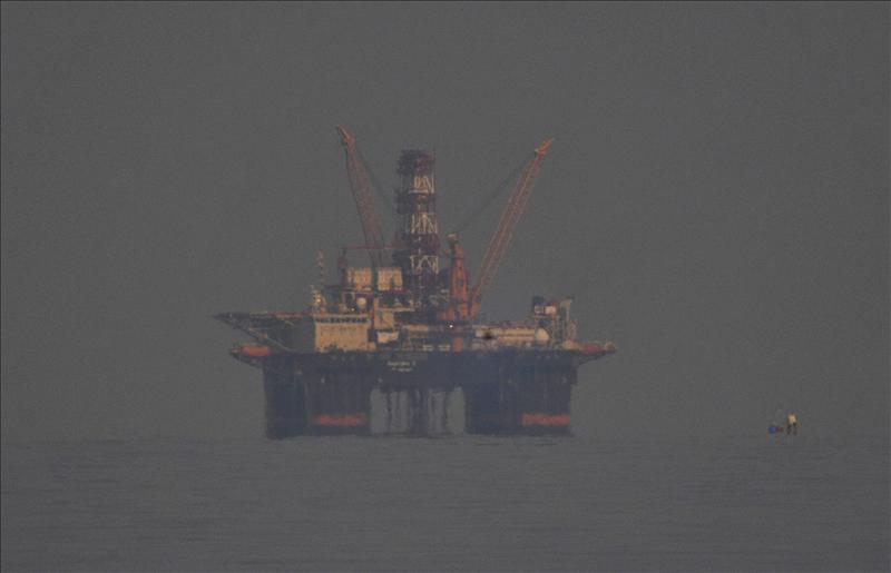 El Gobierno autoriza las prospecciones petrolíferas de Repsol en Canarias