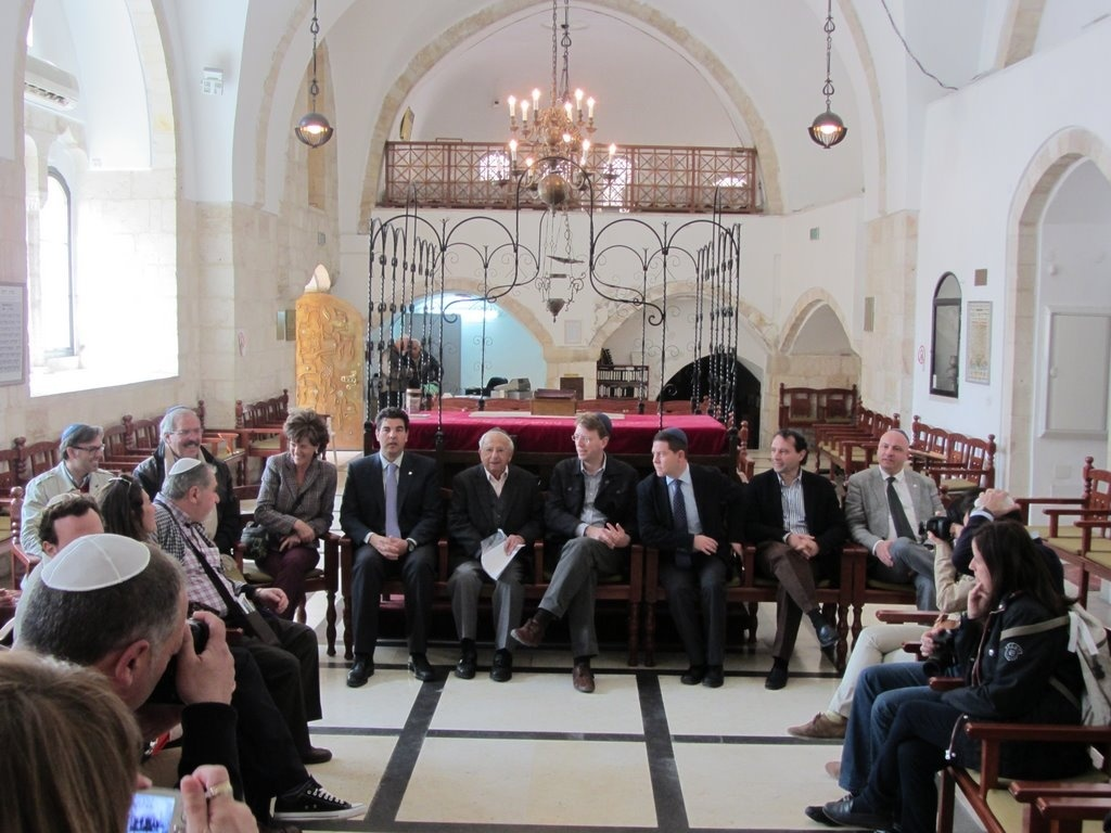 Israel desea estrechar lazos con España y garantiza especial apoyo a difundir el patrimonio sefardí