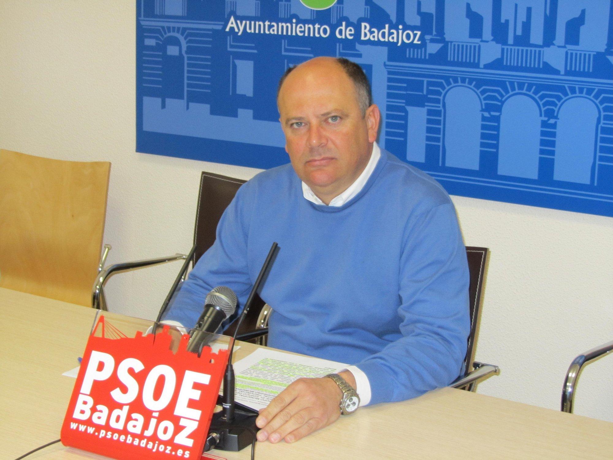 El PSOE de Badajoz pide la «reversión» del edificio donde se proyectaba construir el Parador de la ciudad