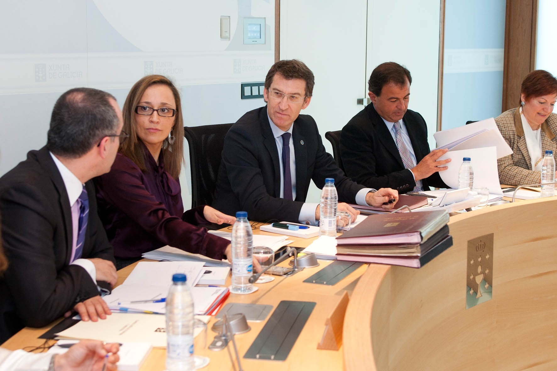 La Xunta propone un laudo arbitral para que entidades y usuarios pacten la devolución de las preferentes