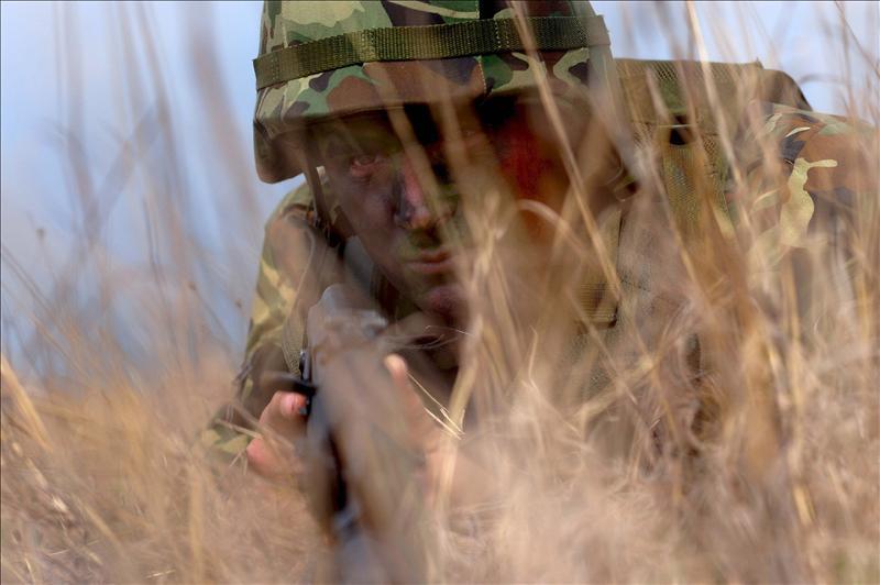 Las FARC atacan con violencia un puesto fronterizo y dejan 11 militares muertos
