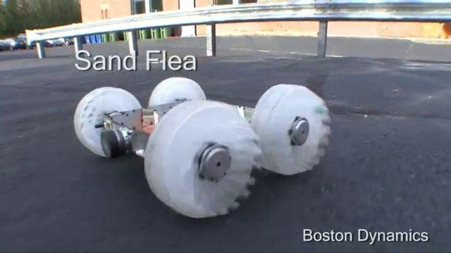 Presentan un robot que salta como una pulga para superar fachadas de edificios