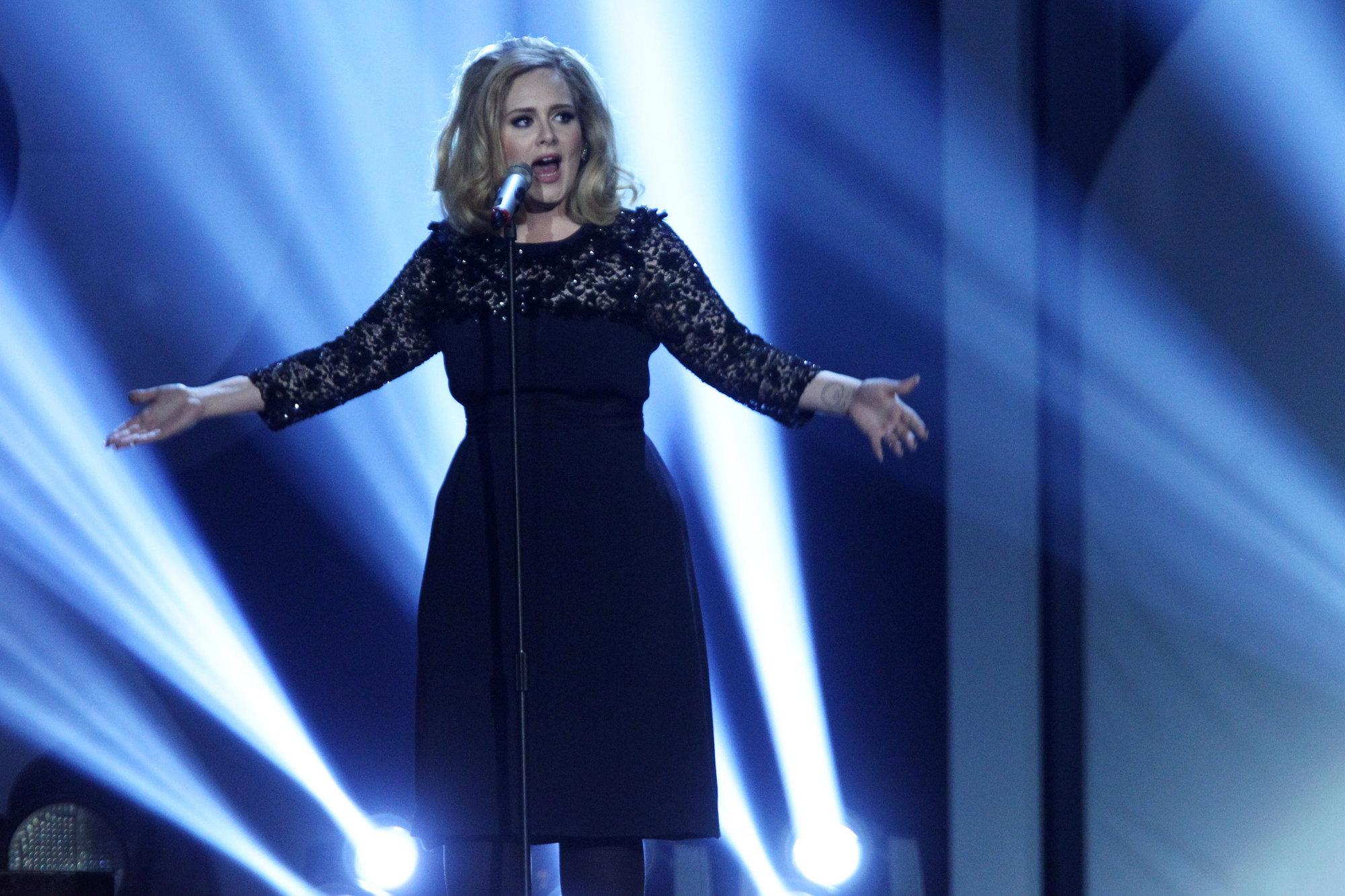 Adele está a régimen, ya ha adelgazado seis kilos gracias a una dieta vegetariana