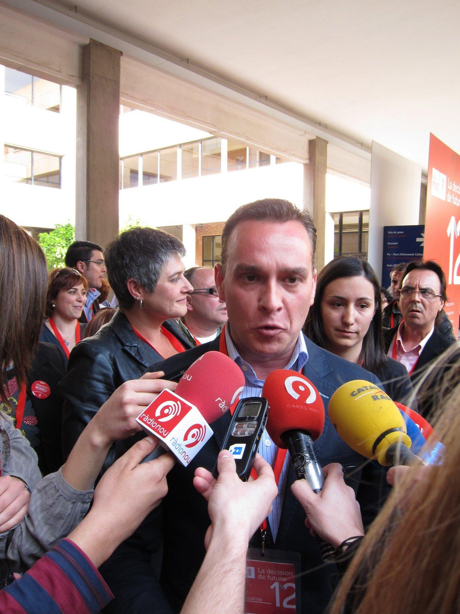 Romeu dice que el PP en las Corts «está camino de convertirse en una mayoría imputada por corrupción»