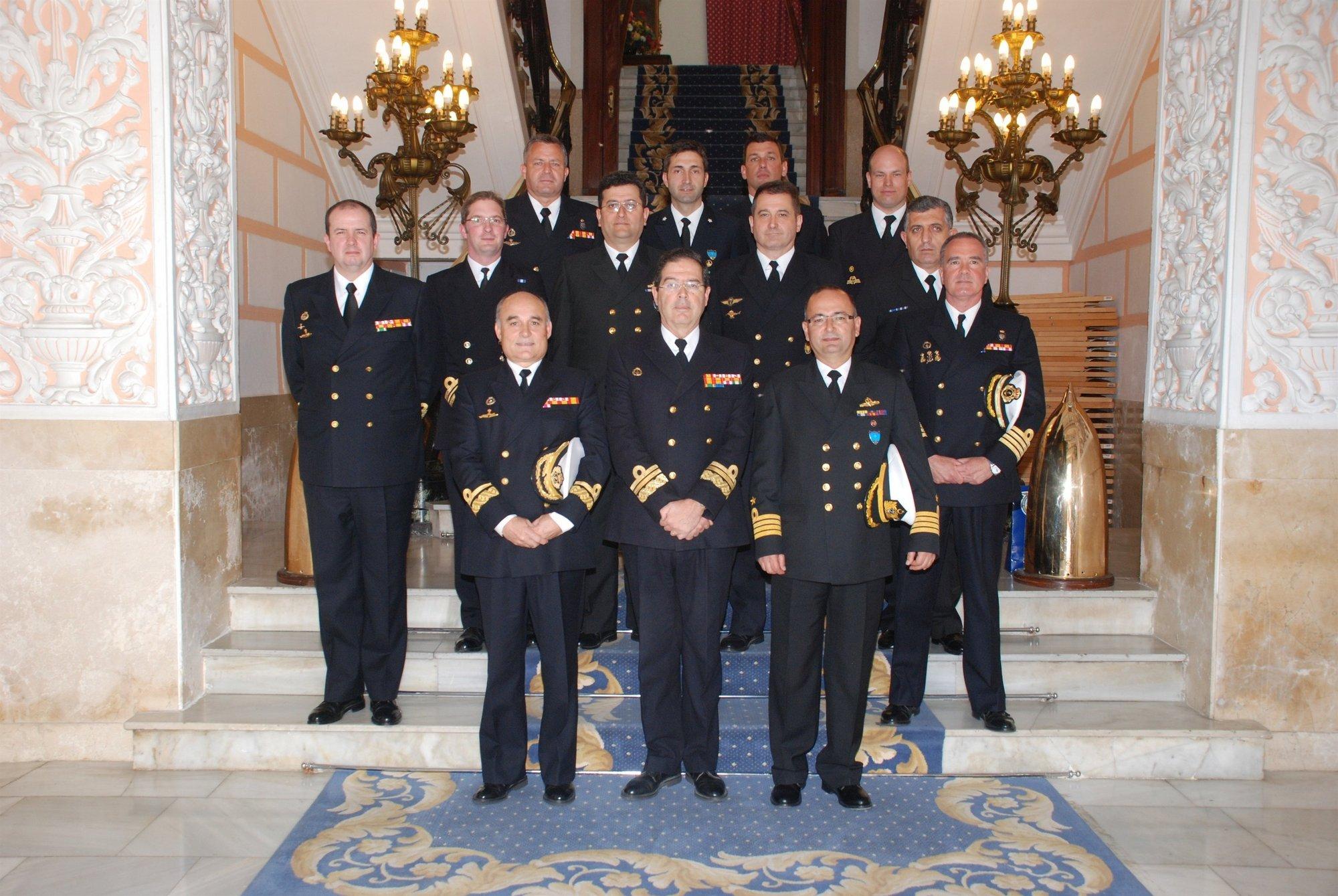 El Almirante de Acción Marítima recibe a la Segunda Agrupación Naval Permanente de Medidas Contraminas