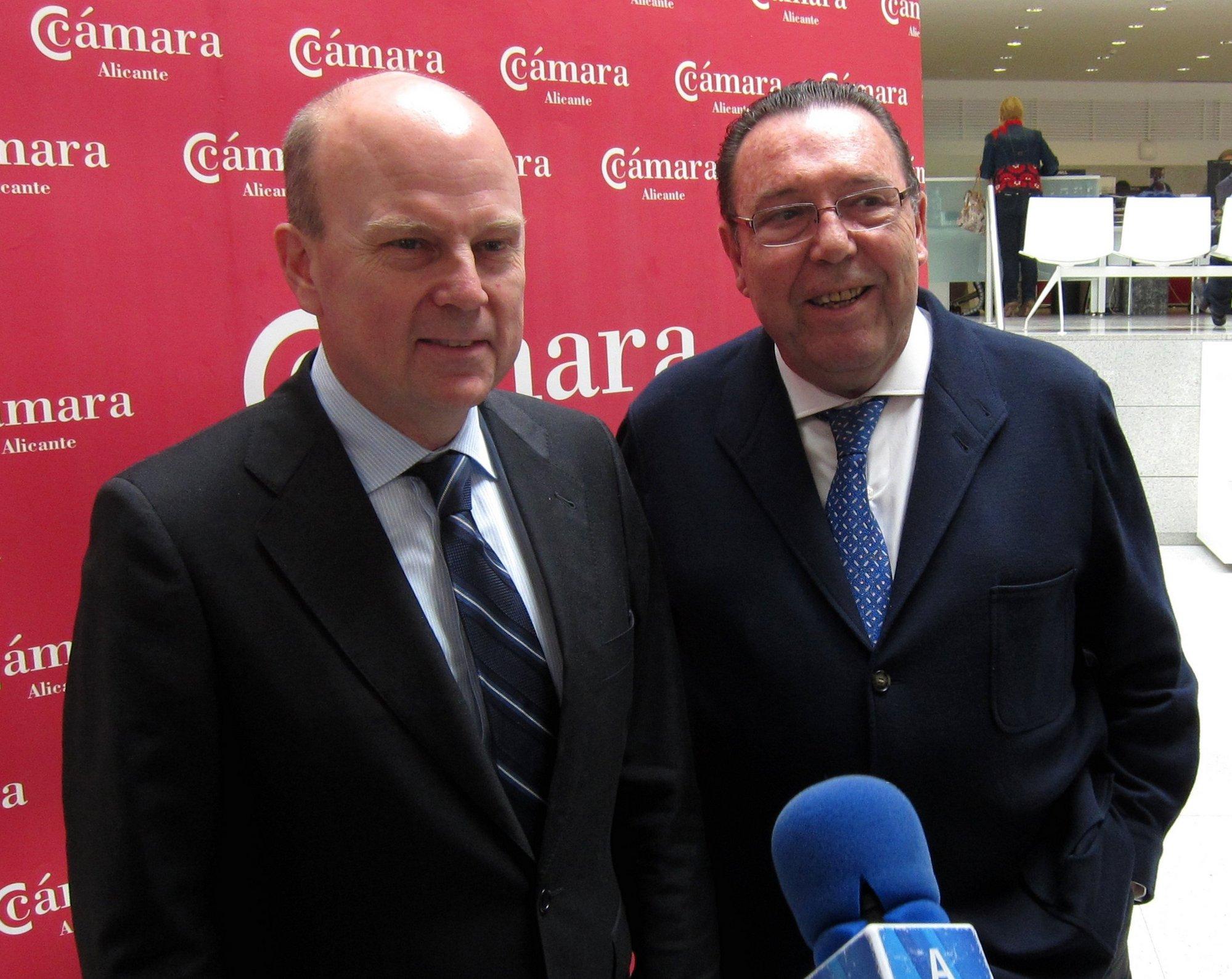 Buch dice que la Generalitat aportará 45 millones de euros para recapitalizar la SGR y los bancos otros 15
