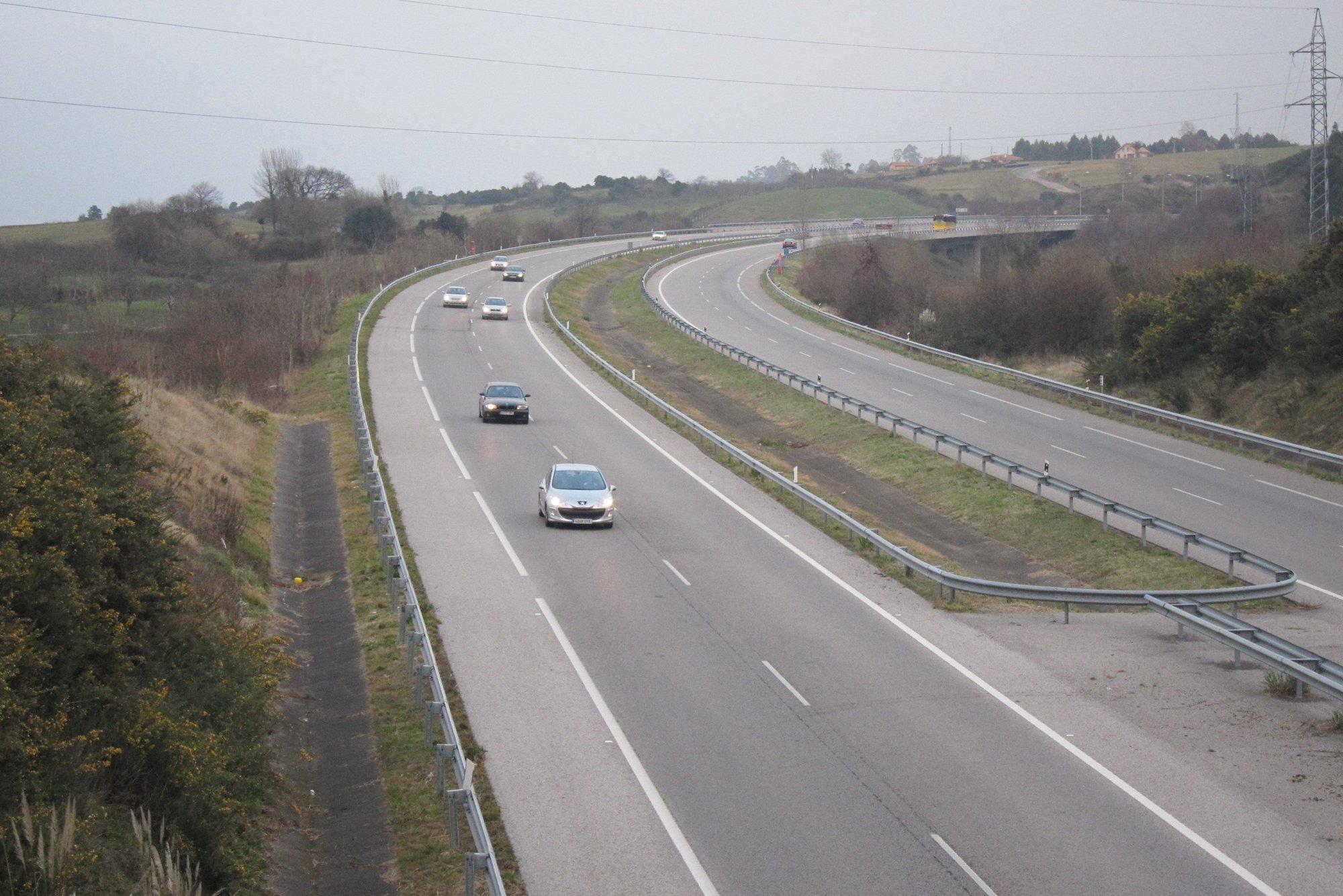 Circulación fluida en las carreteras murcianas al inicio de la segunda fase de la operación Semana Santa