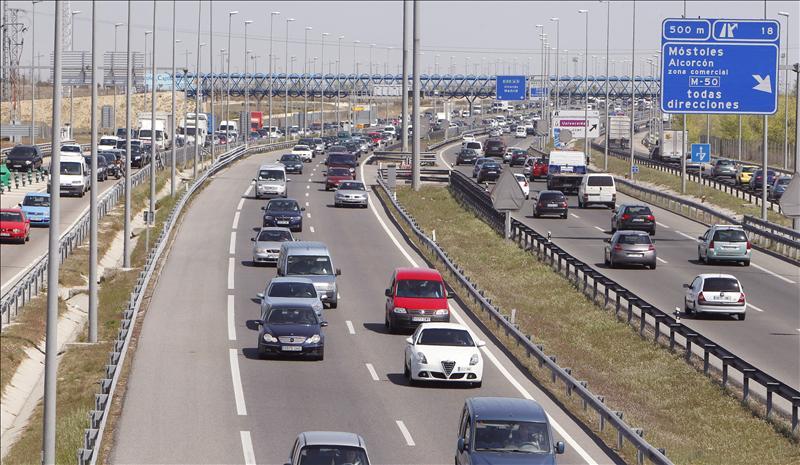 Continúan las complicaciones en las carreteras de Madrid, Asturias y Cantabria