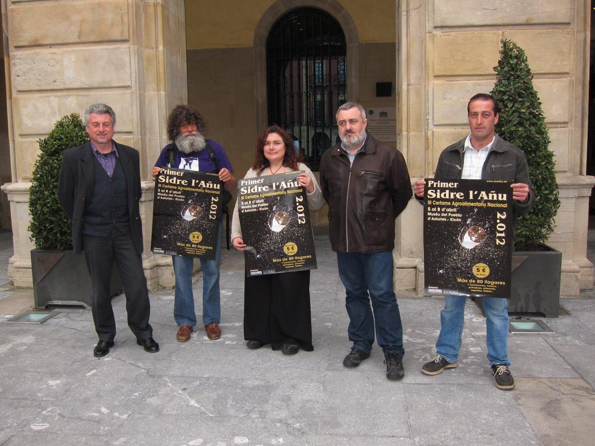 Siete extranjeros retan a los asturianos en la competencia por la mejor Sidra