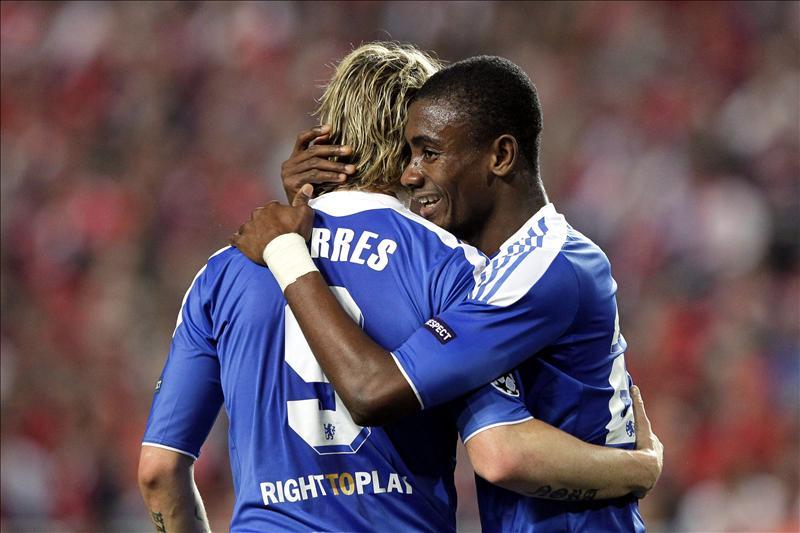 Kalou asegura que «el Chelsea puede derrotar al Barcelona en dos partidos»
