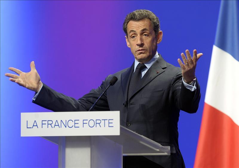 Sarkozy utiliza el ejemplo de España para fustigar a su rival socialista