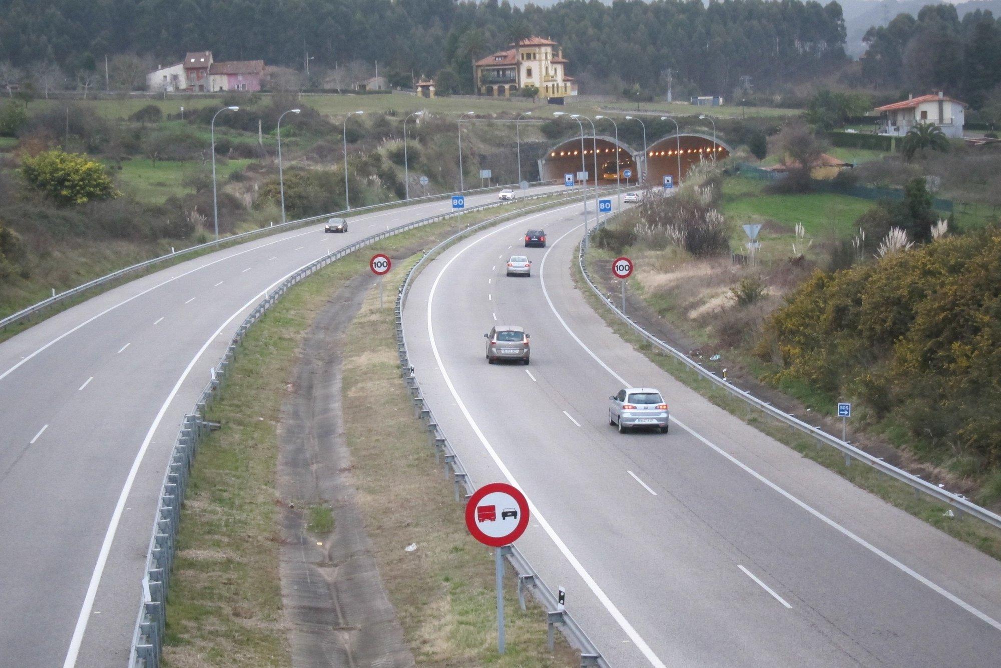 Tranquilidad en las carreteras españolas al término de la segunda jornada de la operación salida