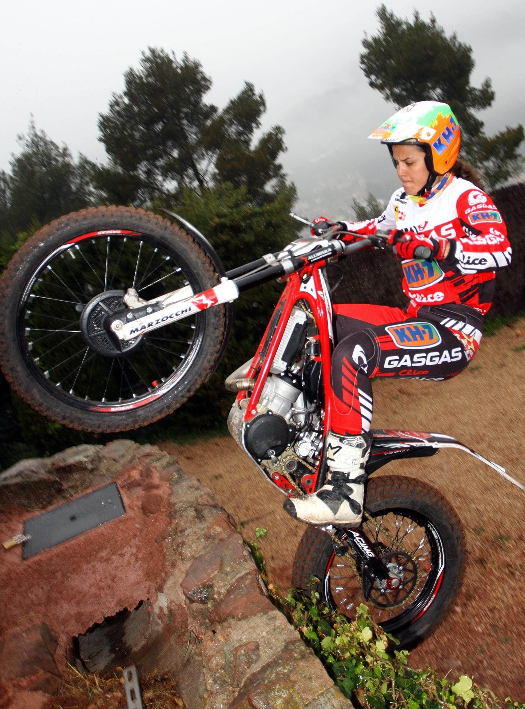Laia Sanz regresa a la competición en el Trial de Italia, primera cita del Europeo femenino