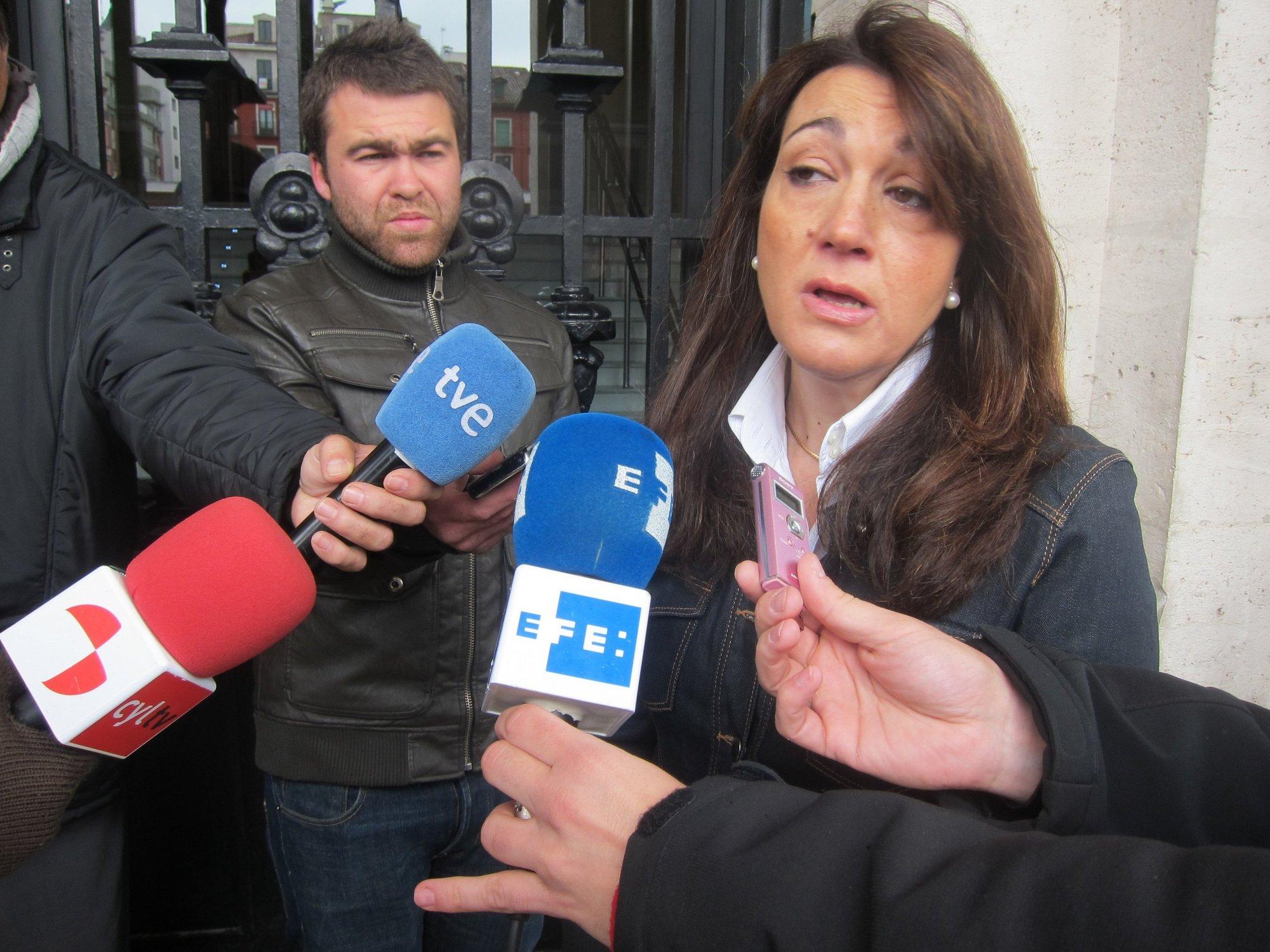 Soraya Rodríguez (PSOE) exige a Rajoy que desautorice a Sarkozy y le pide que «deje la prepotencia» y dialogue