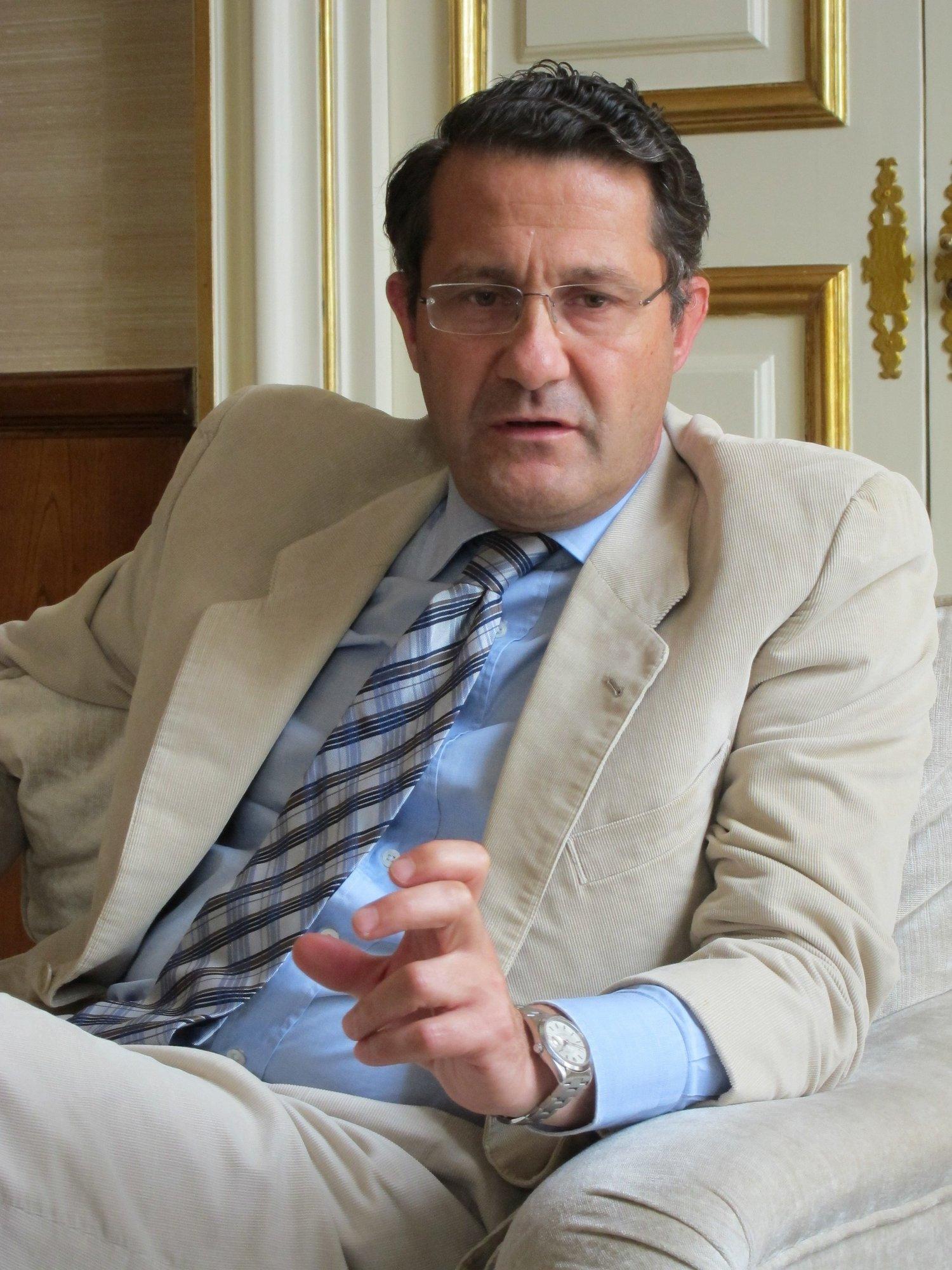 UPyD exige la dimisión «inmediata» de Conde Roa y demanda una investigación independiente en el Ayuntamiento de Santiago