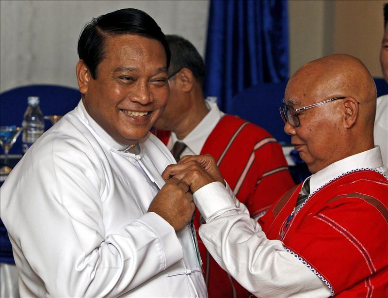 El Gobierno birmano y la guerrilla karen acuerdan un nuevo plan para la paz