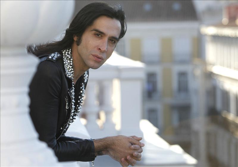 Mario Vaquerizo presenta su autobiografía »Haciendo majaradas. Diciendo tonterías»