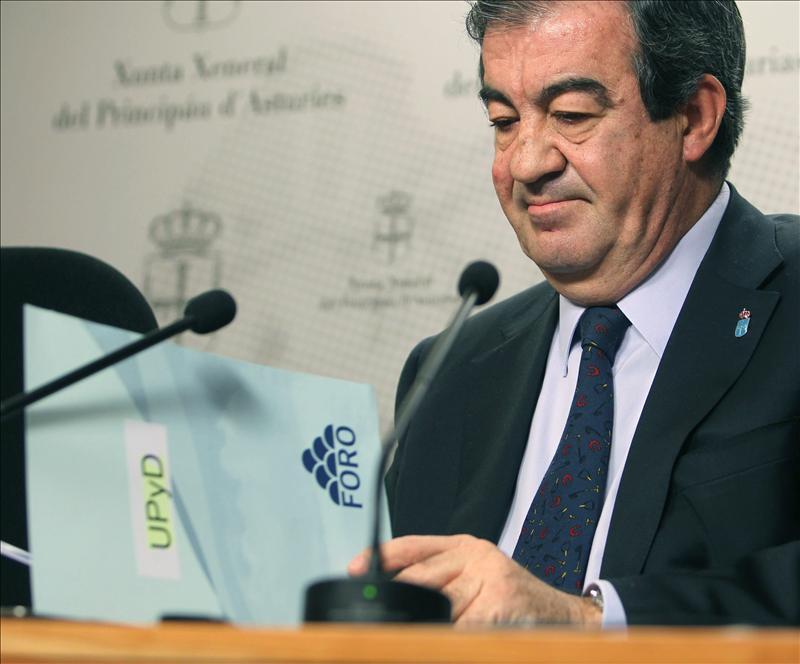 Un Gobierno asturiano saliente afronta el CPFF amenazado de intervención