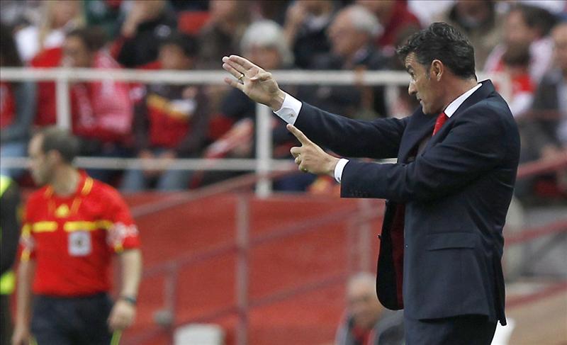 Míchel seguirá como entrenador del Sevilla
