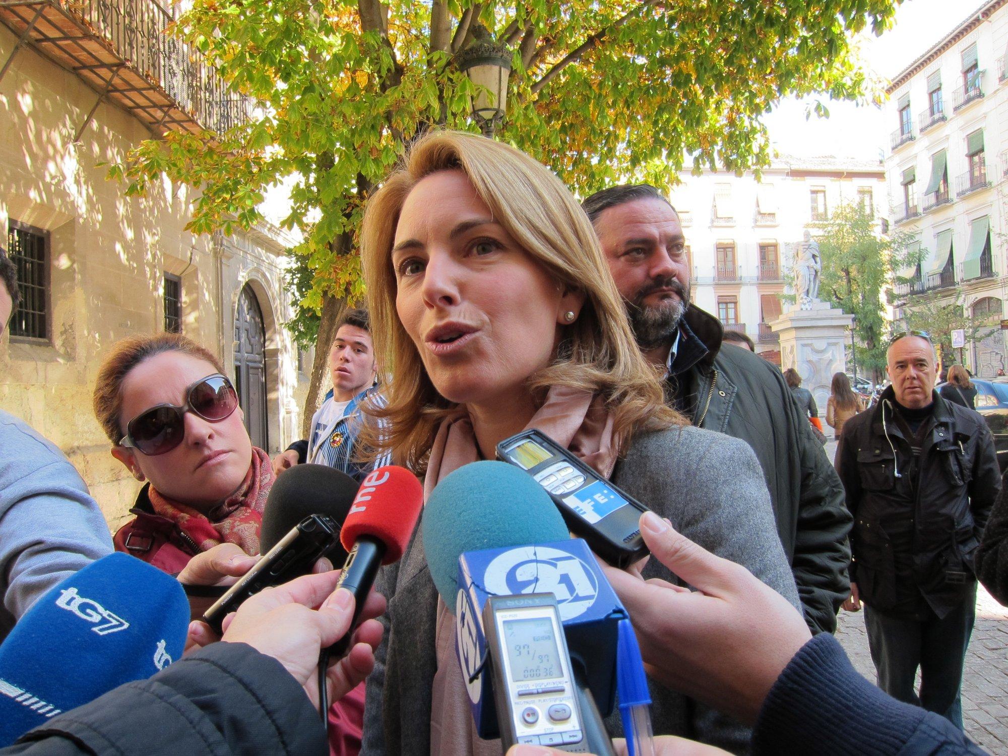 Quiroga cree que «lo más honesto» es convocar elecciones para que los vascos «determinen la nueva etapa»