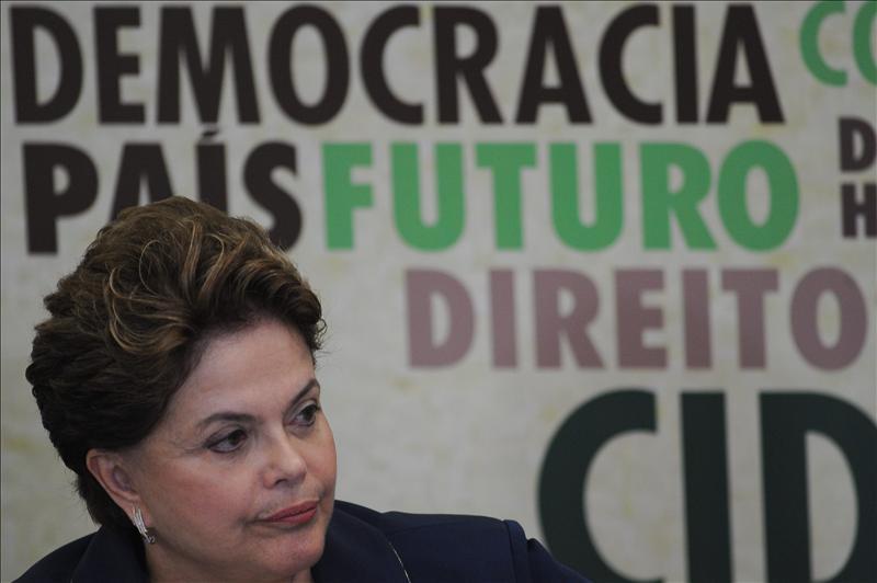 Rousseff instaló una comisión que investigará las violaciones en la dictadura