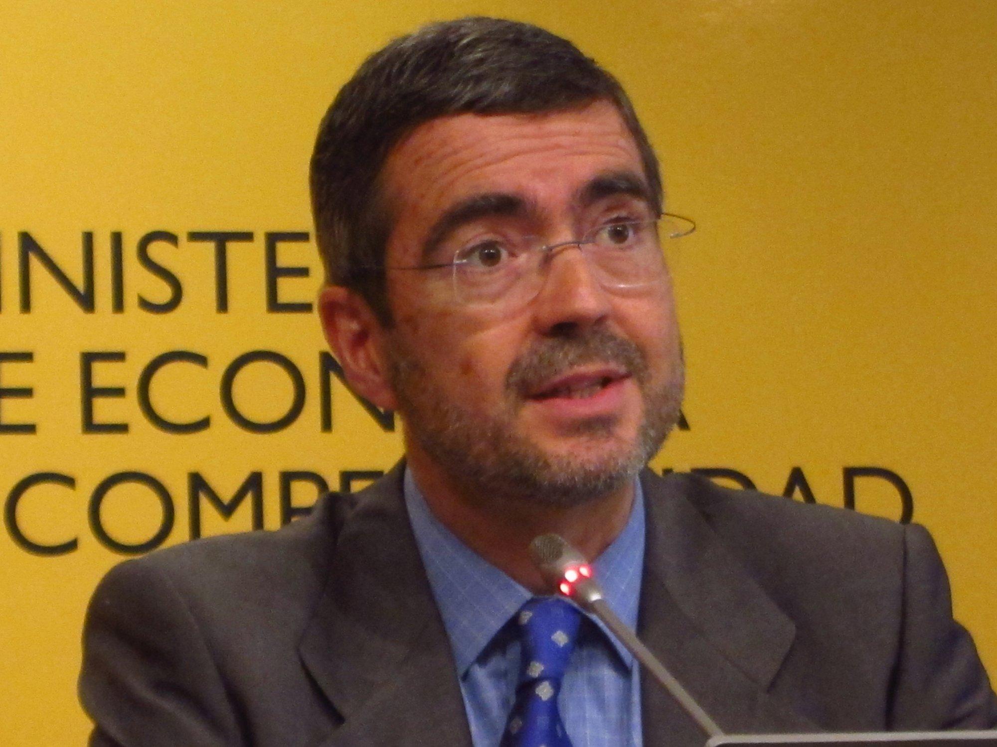 (Amp) El Gobierno desmiente la fuga de depósitos en Bankia y cree que la entidad puede ser un éxito de futuro