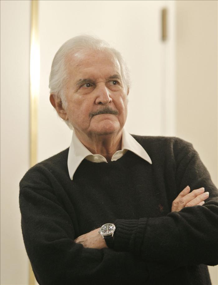 Carlos Fuentes fue audaz al inicio, confabuló la historia y se tornó tradicional