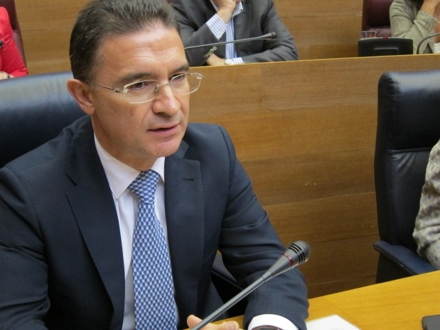 Castellano asegura que seguirá como conseller de Gobernación porque no le consta «otra cosa»
