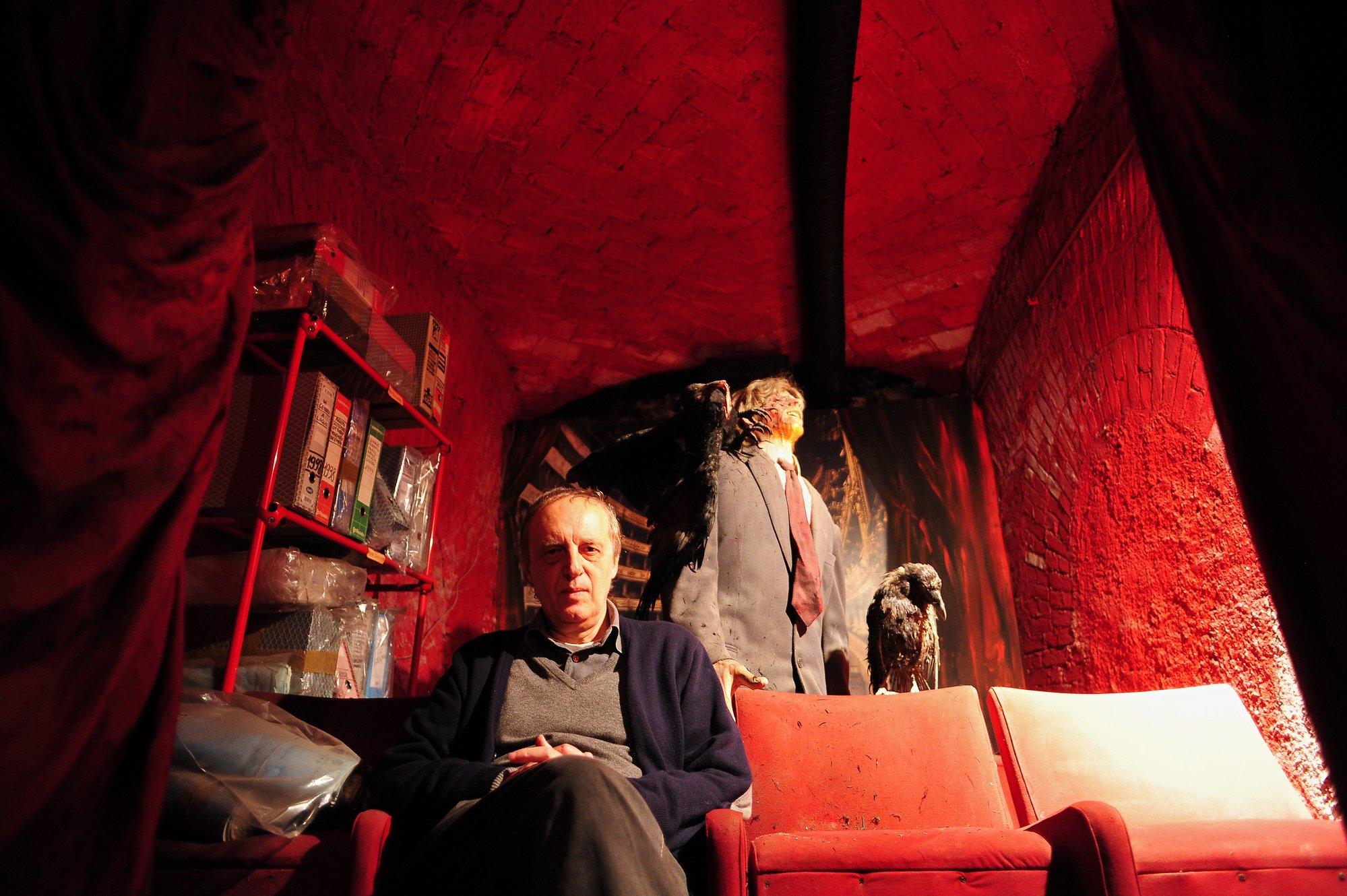 Dario Argento siembra el miedo en Cannes con un Drácula en 3D