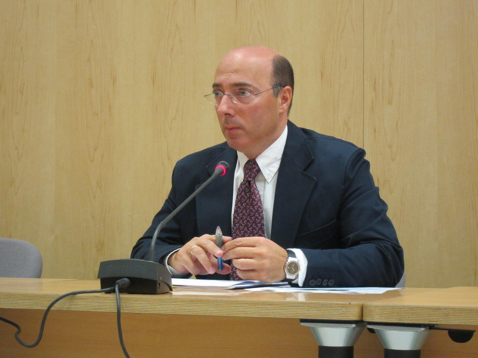 El Delegado del Gobierno en Euskadi se opone a que »Txelis» asista a unos cursos de verano