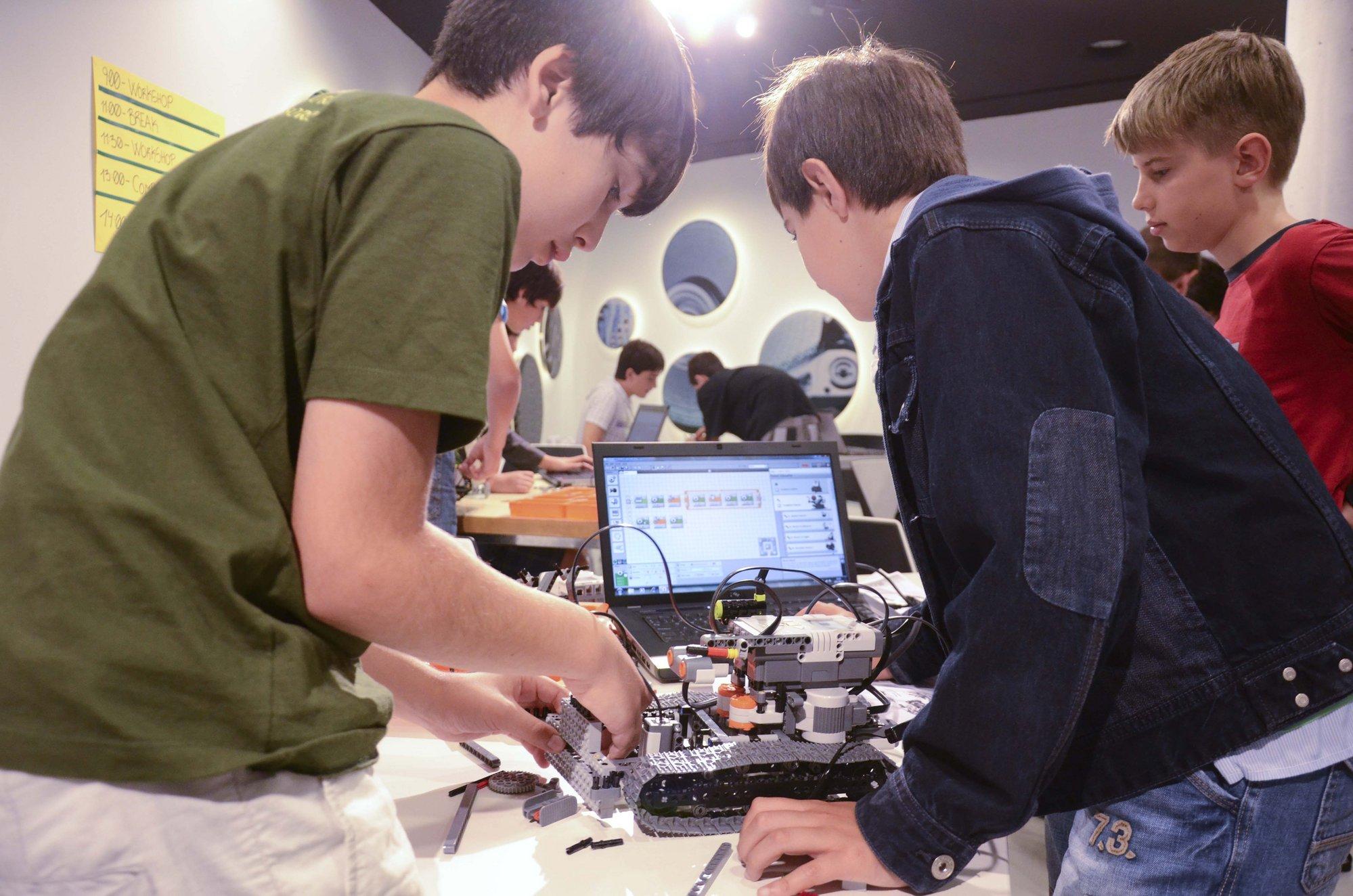 El museo Eureka! Zientzia Museoa de San Sebastián acoge este sábado talleres de robótica gratuitos para adolescentes