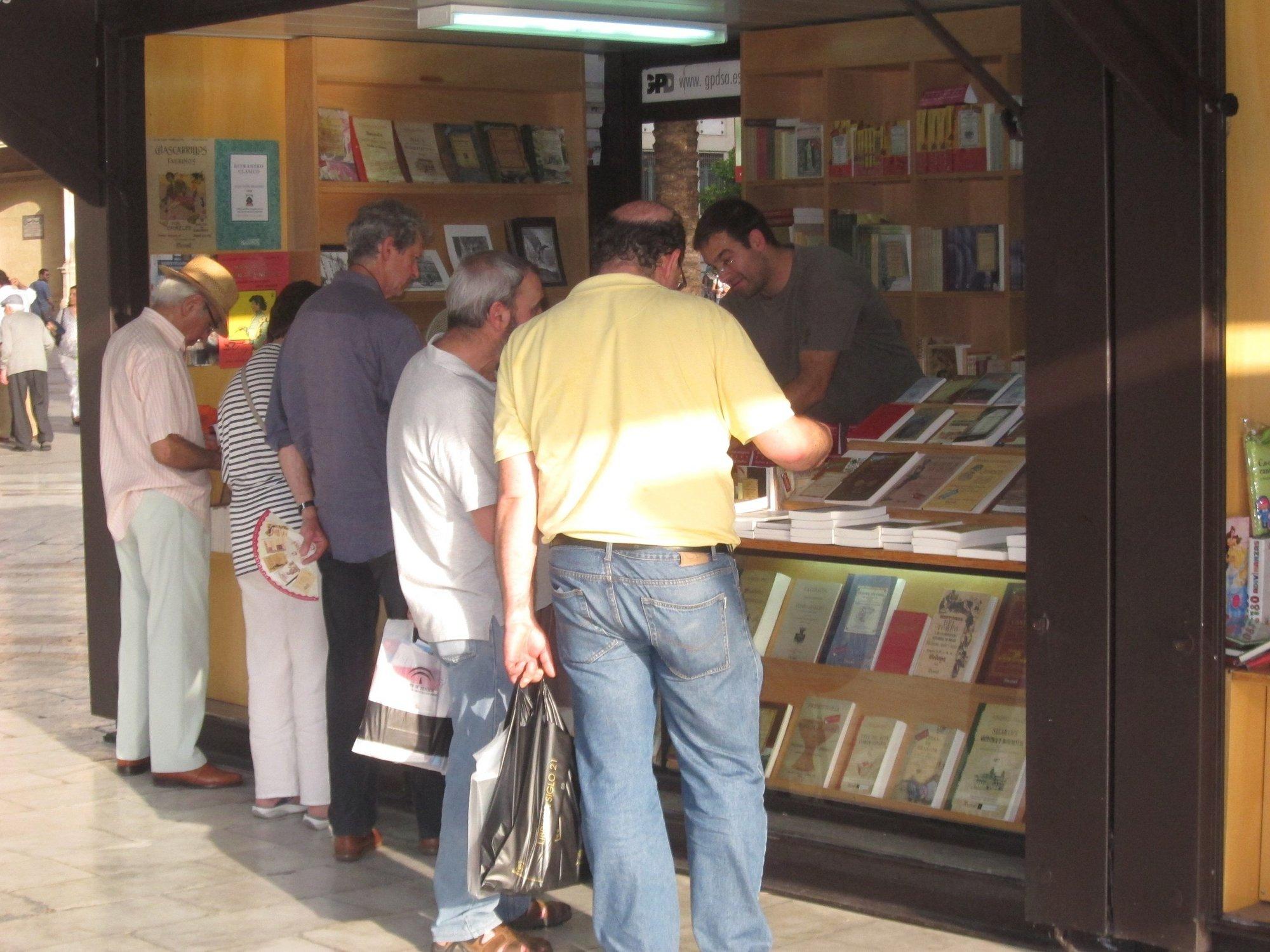 La Feria del Libro acoge este viernes la presentación del nuevo libro de Eduardo Galeano