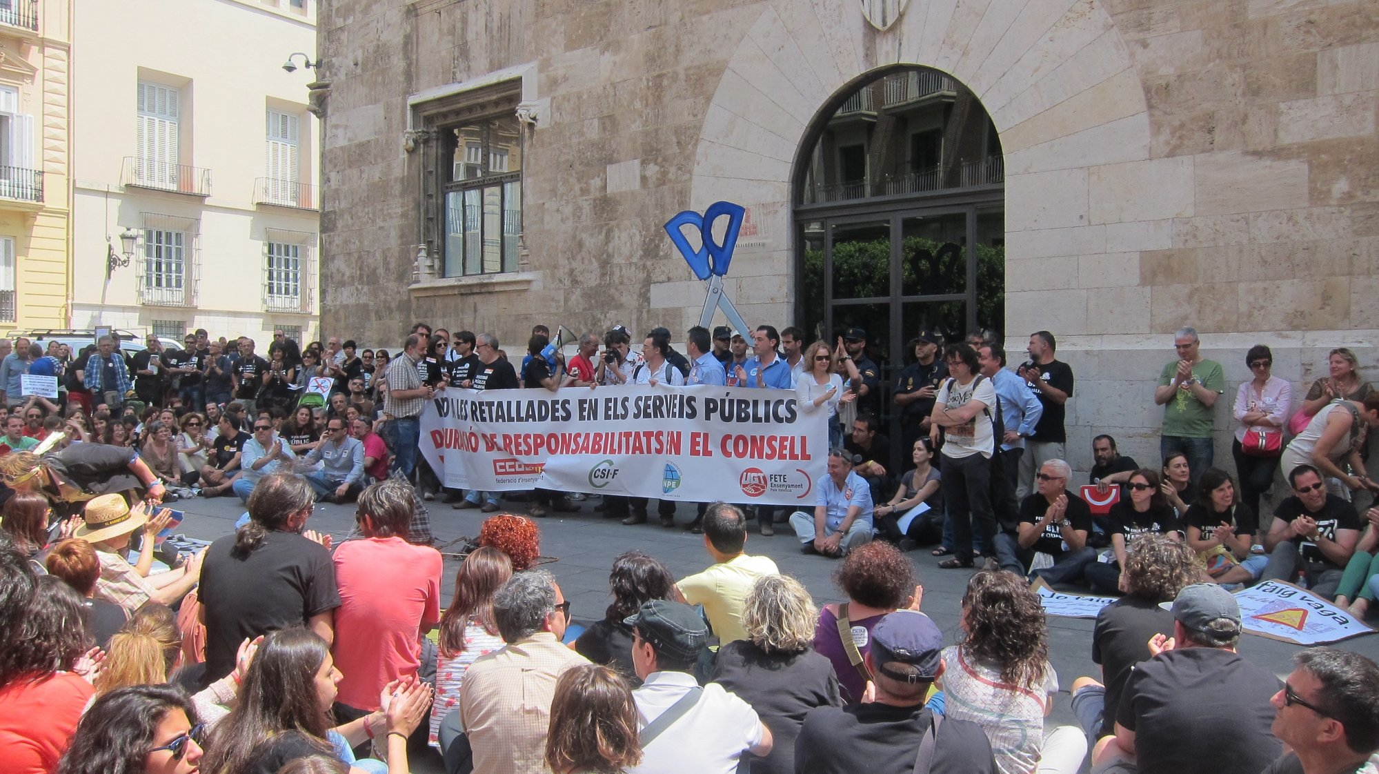 Guerra de cifras en la huelga educativa en Valencia