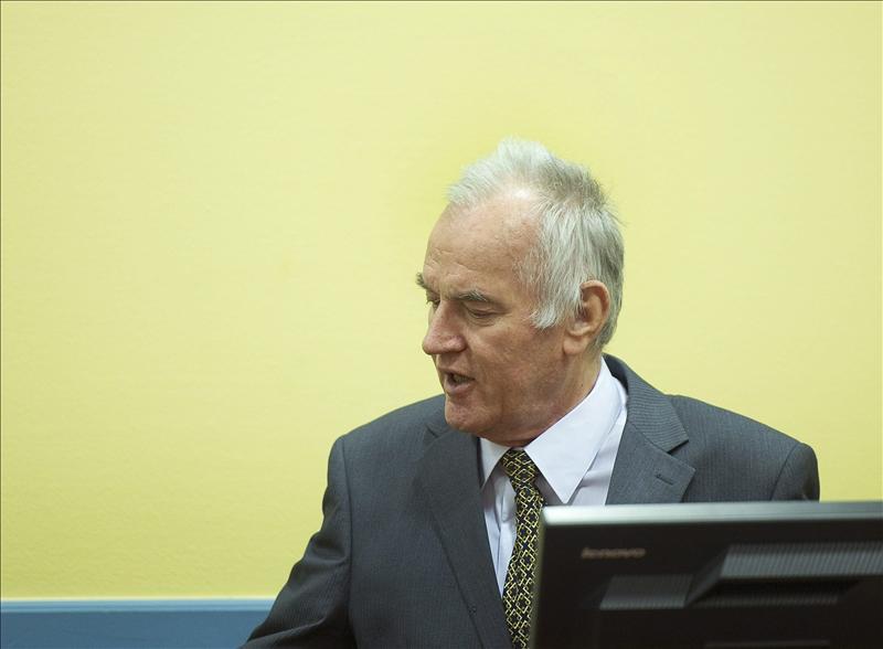 Mladic ordenó conscientemente la matanza de Srebrenica, según la Fiscalía