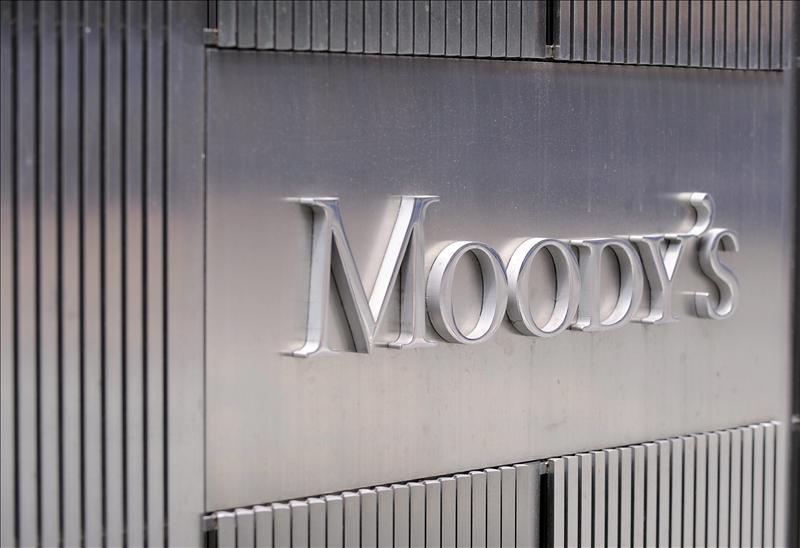 Moody»s anuncia para hoy una rebaja de la calificación de la banca española