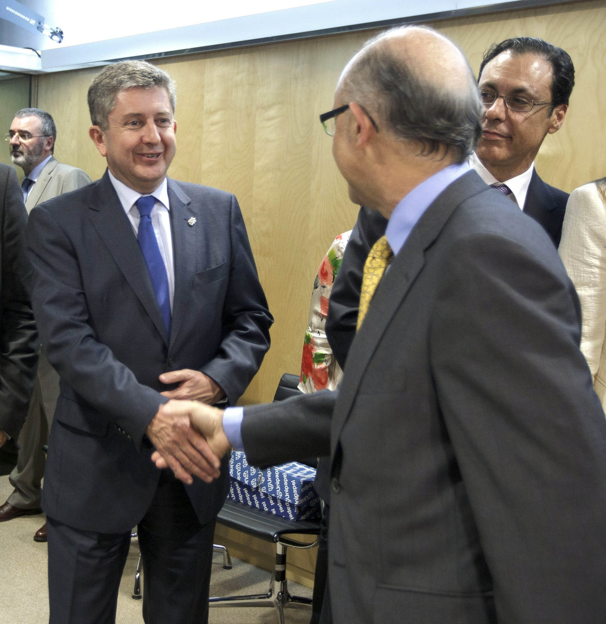 Navarra y el Estado firman el plan de reequilibrio de la Comunidad foral para 2012-2014